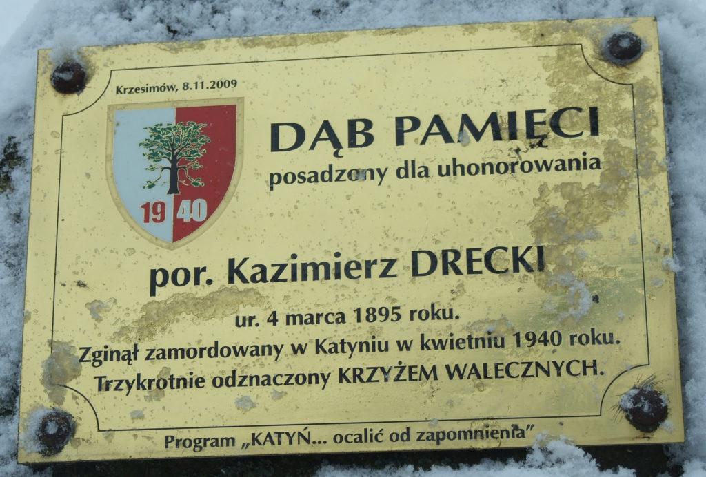 Tablica pamiątkowa na terenie byłego Obozu Pracy w Krzesimowie